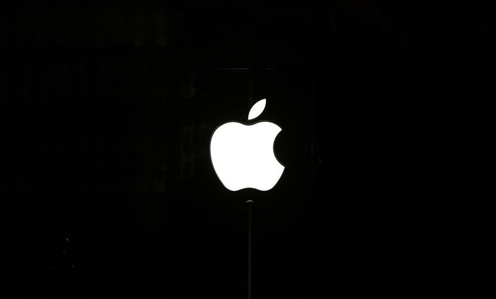 Apple Facing Class Actions Over iPhone Loop Disease