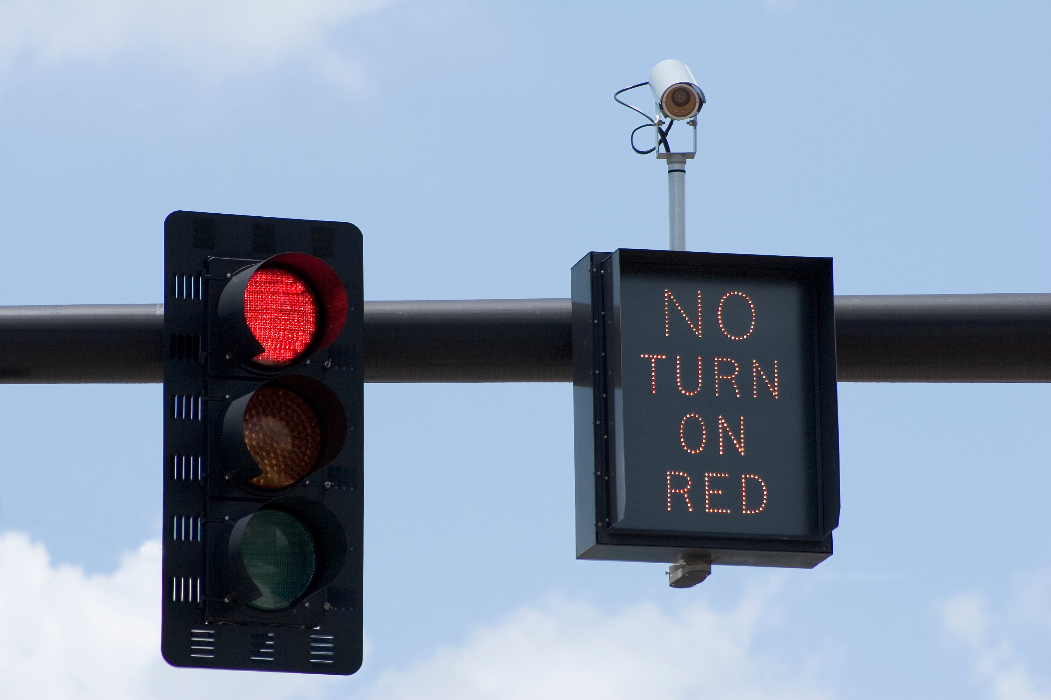 Traffic And Red Light Camera Laws By State Findlaw