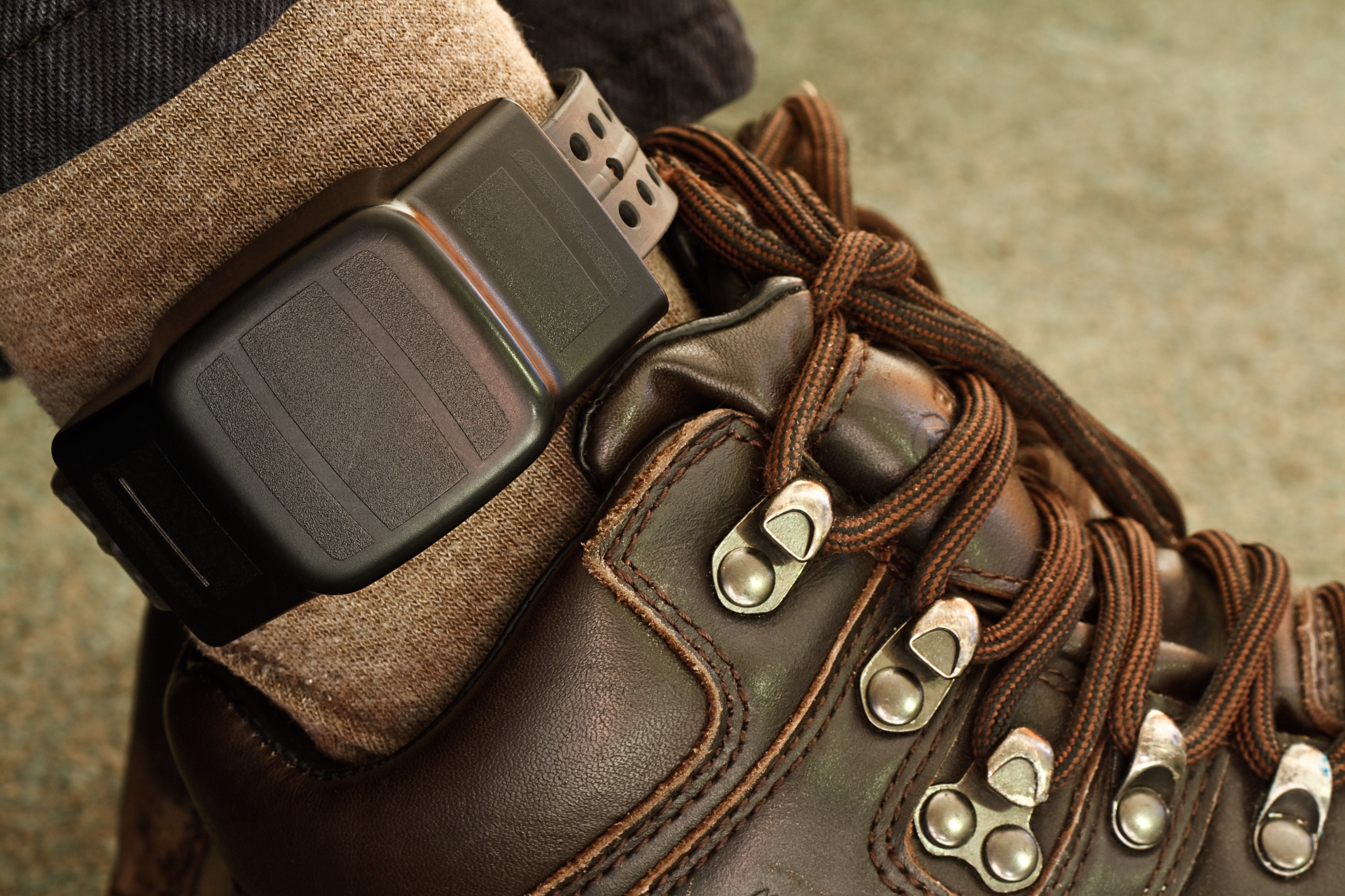 Gps Ankle Monitors Can Record Calls Without Consent And