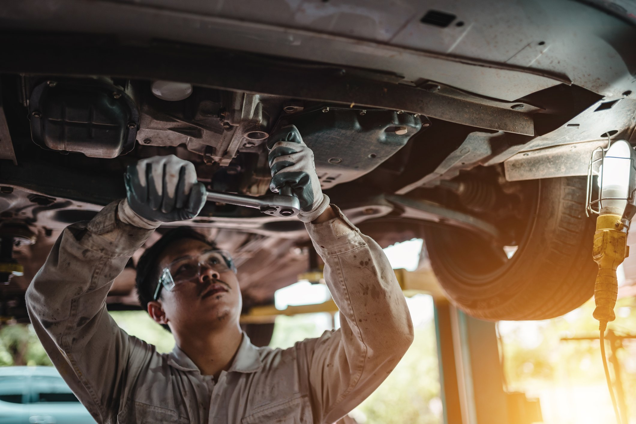 Car Repairs and the Law - FindLaw